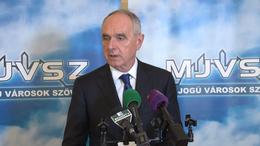 Szita Károly polgármesteri egyeztetéseket kezdeményez