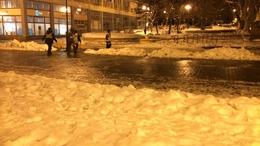 Négyszáz gyalogos sérült meg a jeges utakon