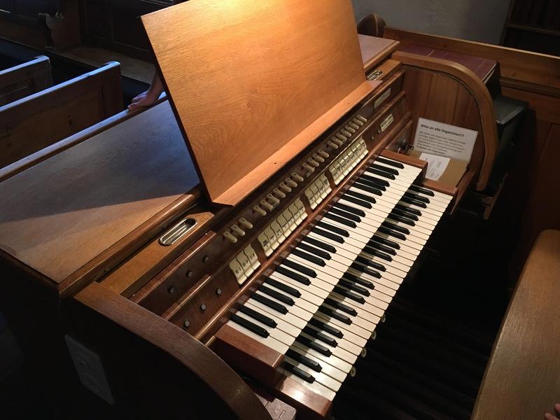 Rendhagyó körülmények között kap új orgonát a kaposvári evangélikus gyülekezet. Az egyházakat egyébként az állam is kiemelten támogatja.