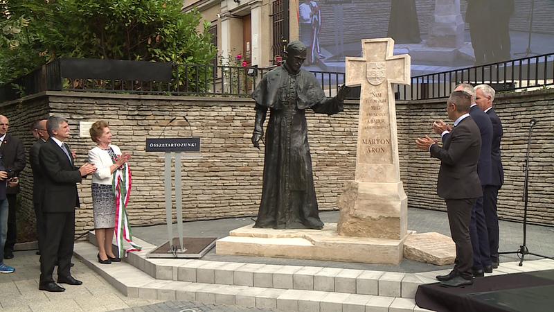 Márton Áron szobrának avatója 2020 októberében Kaposváron