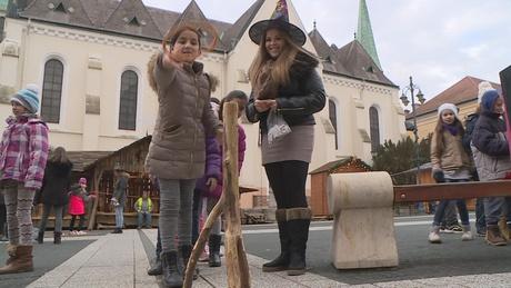 Szellemek ellen is védekeztek a Kossuth téren