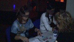 Sötétben tapogatóztak a diákok - videóval