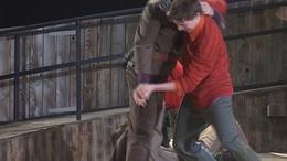 Grund a színházban - videóval