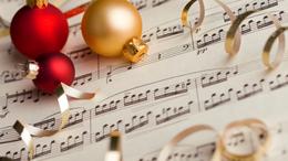 Egy kis segítség, hogy jobban menjen a karácsonyfa díszítés