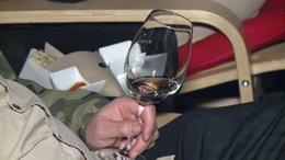 Kóla helyett bor a moziban?