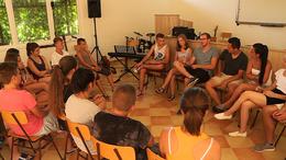 Határon túli fiatalok a Balatonnál