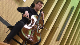 Egyedülálló Stradivari-csellót mutattak be