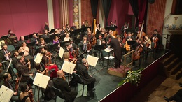 Csajkovszkijjal, Strausszal és Erkellel köszöntötték az évet