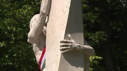98 évvel ezelőtt csatolták el Magyarország kétharmadát