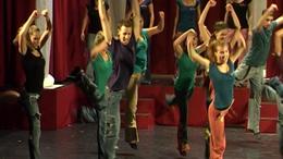 10 éves a Roxínház