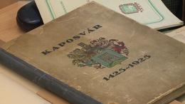 Réges-régi kötetek a könyvtárban