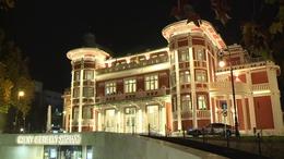 Átadták a felújított Csiky Gergely Színházat