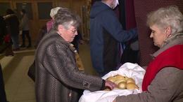 Szent Erzsébet kenyerét osztották