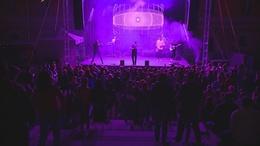 Fergeteges koncertet adott Kaposváron a Follow The Flow