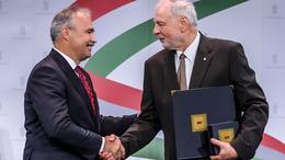 Minisztériumi kitüntetést kapott Prof. Dr. Sütő Zoltán