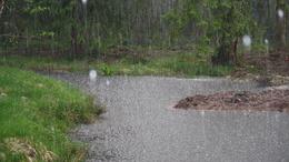 Sok esővel kezdődik a hétvége