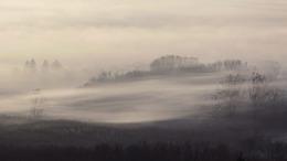 Mindent beborít a sűrű köd