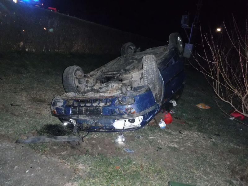 udvar kocsi baleset