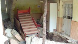 Két ház fala is kidőlt az esőzés miatt