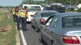 Minden autót megállítanak az M7-es autópályán
