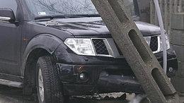 Villanyoszlopnak ütközött a terepjárós - súlyosan megsérült