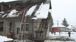 Videóval! Tűzvész: Kiégett a második emelet - egy élet munkája ment tönkre