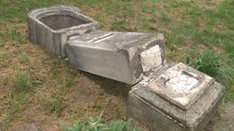Pünkösdkor rendbeteszik a megrongált stációszobrokat