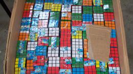 Hamis Rubik-kockákat találtak Rajkánál