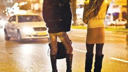 Egyszerre három prostit is lefüleltek a zsaruk