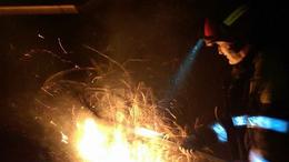 Felcsaptak a lángok Kaposvár határában