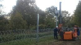 Erősebb kerítés épül a déli határon