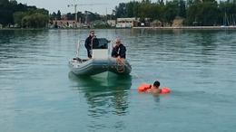 Részegen vágott neki a Balatonnak és még a rendőrökkel is balhézott