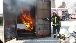 Idén is felgyújtanak egy-két dolgot a tűzoltók