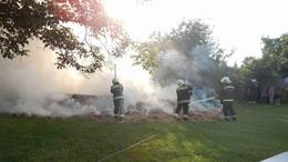 Kockabálák lángoltak Kéthelyen