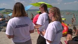 Több mint száz iskolás vigyáz balatoni strandolókra