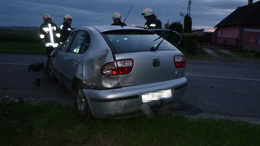 Felborult egy autó Várdánál