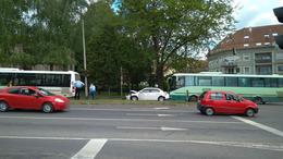 Busz ütközött személyautóval Kaposváron