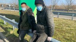 Szabadnapos rendőr fogott el két illegális migránst