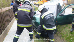 Két sérült a balatonföldvári balesetben
