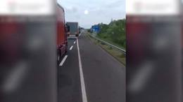 Honfitársát leckéztette meg egy román kamionos