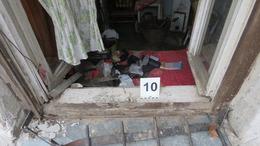 Hétvégi házakat, pincéket fosztogattak