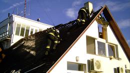Lángolt a Siófok-Kiliti reptér épületének a teteje