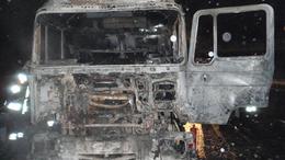 Kiégett a kamion utasfülkéje