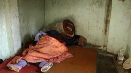 Kihűlt hajléktalanokat mentettek meg a rendőrök