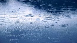 Itt a front! Többfelé eső, zápor várható