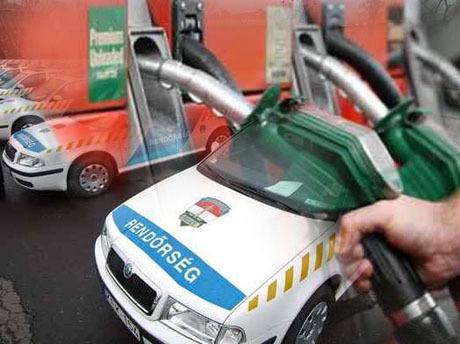 Tankoló rendőrök