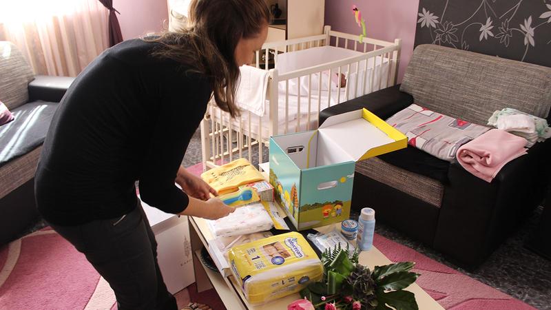 A kaposvári baba-mama program egyik eleme a babadoboz