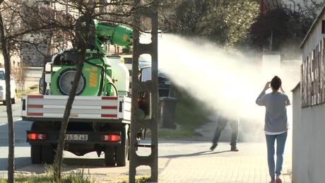 Elkezdték a kaposvári buszmegállók fertőtlenítését