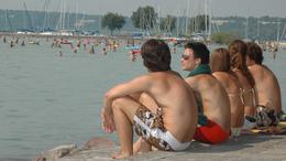 Az időjárás miatt elmarad a vasárnapi Balaton átúszás