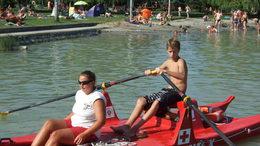 Vízimentő táborba utaztat SOS gyermekeket a T-Mobile